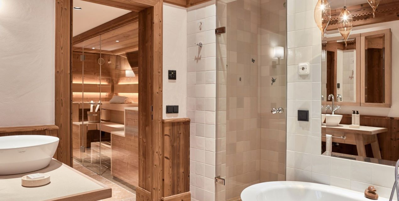 Designer bathroom with  Private Spa including Finnish Sauna, steambath and bathtube