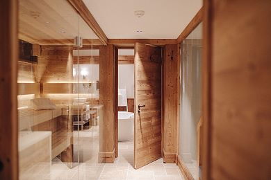 Private sauna and steam shower to relax