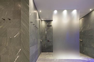 Spacious shower rooms for more well-being