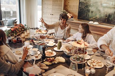 Family brunch in your chalet